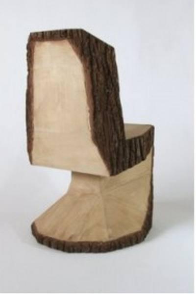 Кресло из дерева для тренажерного зала